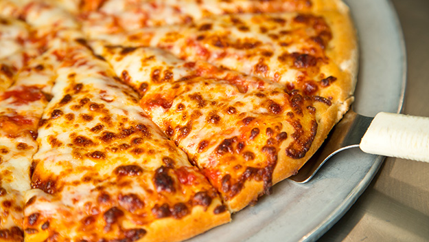 Abused woman disguises pizza order to call police